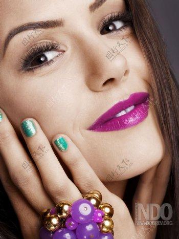 化妆的女明星偶像图片