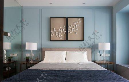 现代简约室内卧室蓝色背景墙效果图