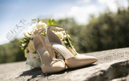 婚礼花束高跟鞋
