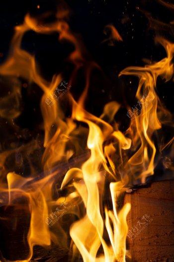 熊熊火焰燃烧素材