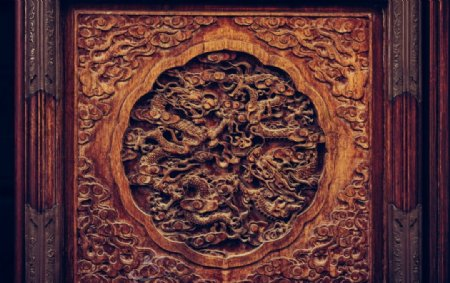 木雕龙纹图案