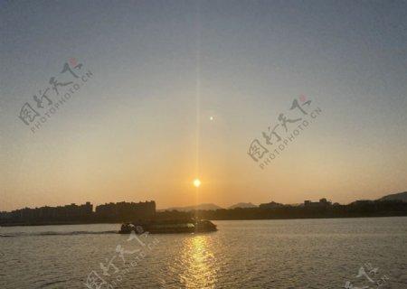 湘江水图片