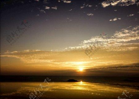 看大海日出图片