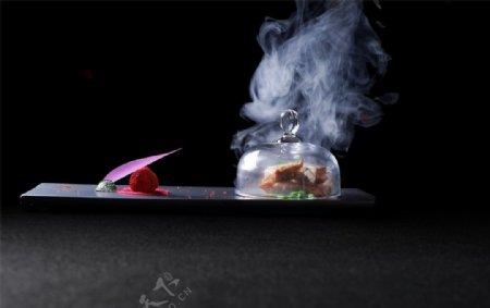 玫瑰烟熏兔肉图片