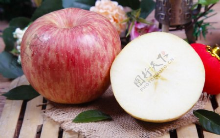 新鲜苹果高清图片