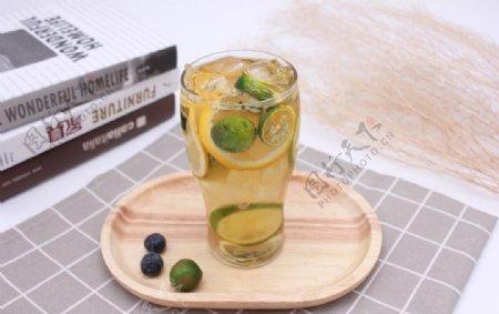 柠檬水冷饮图片